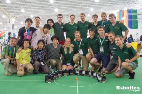 Nach dem Spiel: ER-Force und das japanische Team KIKS.